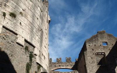 L'Appia Antica, i Mausolei e i Morti Parlanti