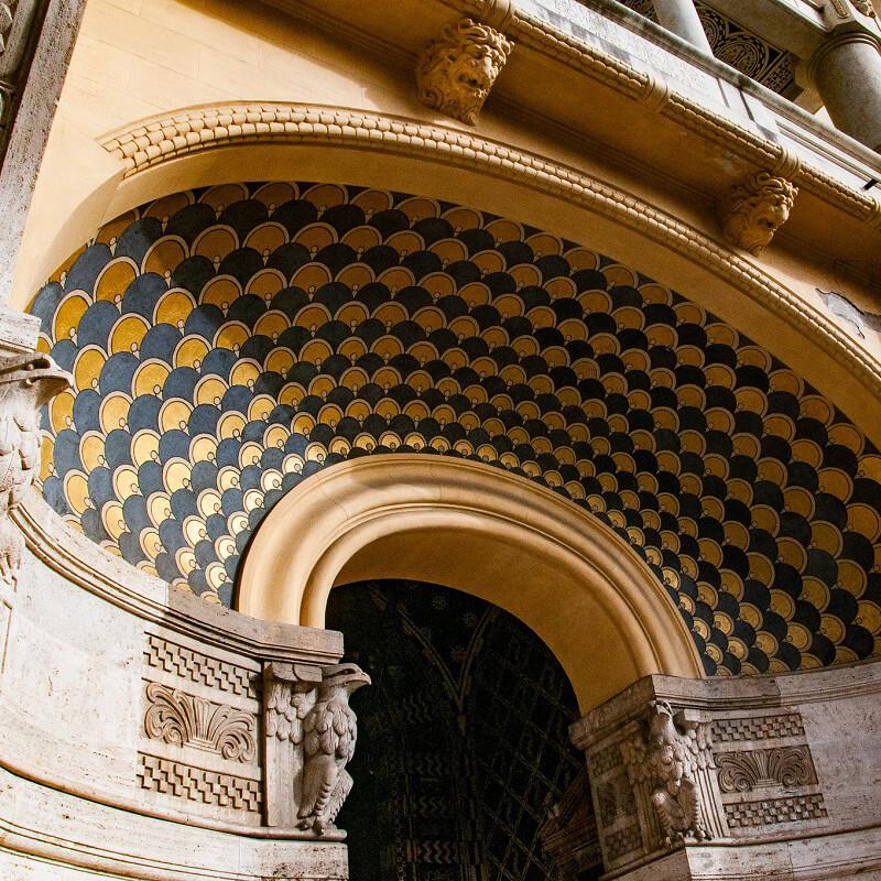 RomaGuideTour - Visite guidate a Roma   L'architettura magico-esoterica del Quartiere Coppedé